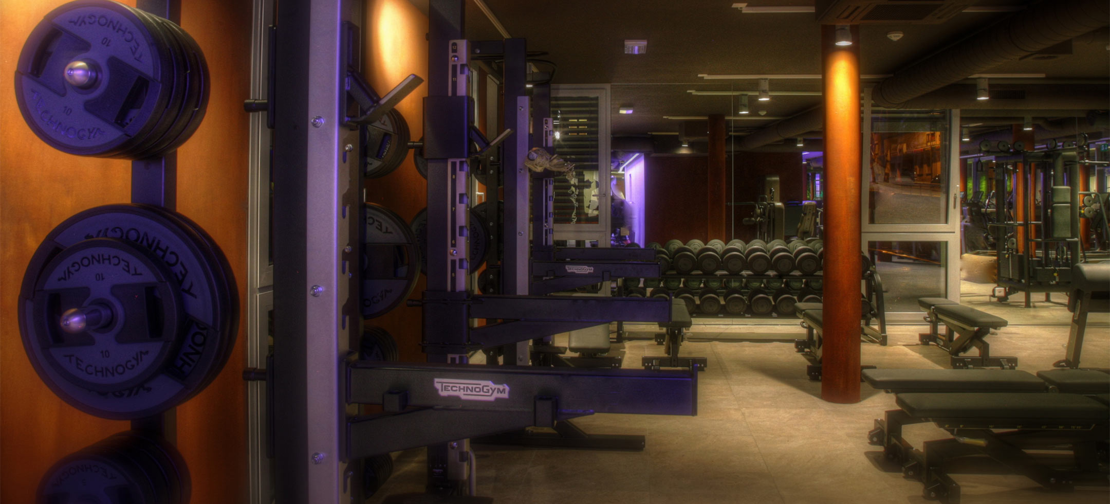 Club Move Lugano sala attrezzi technogym